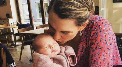 Σάλος στη Δανία - Έδιωξαν βουλευτή και το μωρό της από τη Βουλή
